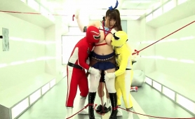 bodacious-japanese-girl-in-uniform-takes-a-hard-pounding