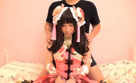kinky-oriental-babe-gives-a-blowjob-and-takes-a-hard-fucking